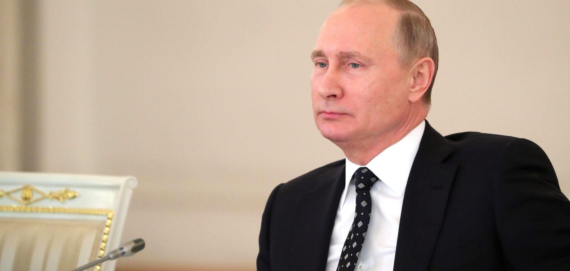 'Шантаж не прекратится': журналист объяснил резонансное решение Путина по Донбассу