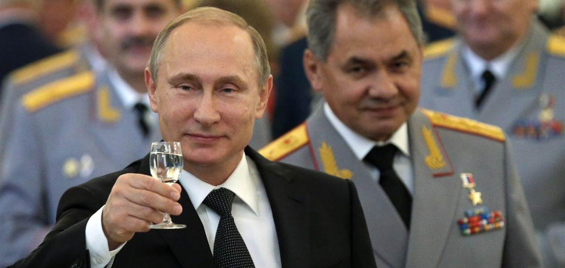 Путин собрался вводить чрезвычайное положение в РФ - Федоров