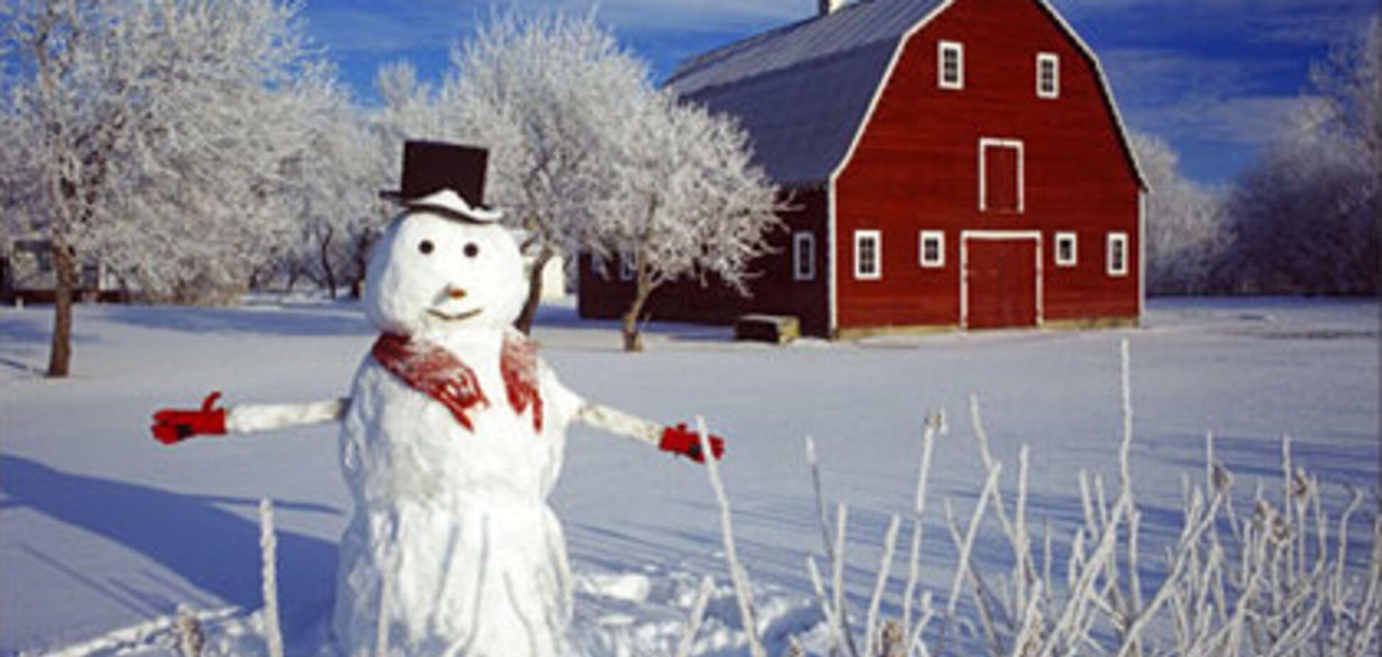 Как сделать снеговика с помощью ребенка