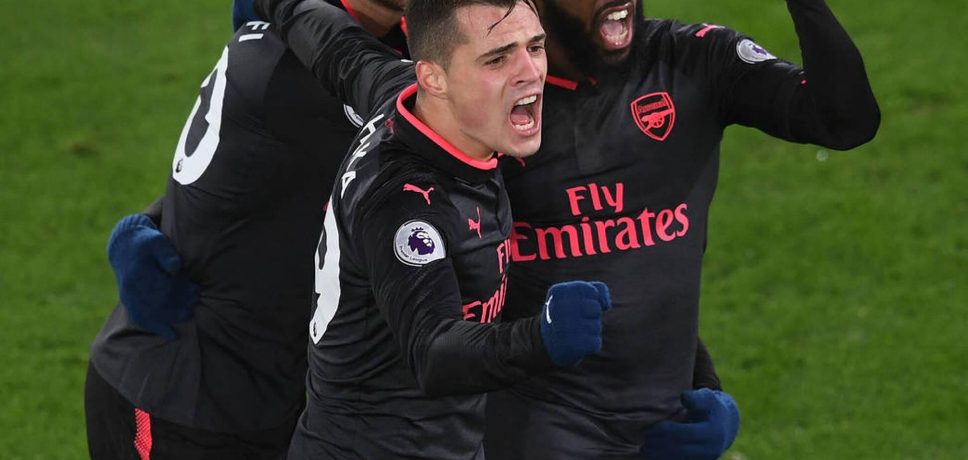 Футболисты 'Арсенала' устроили позорный бойкот партнеру во время матча: фотофакт