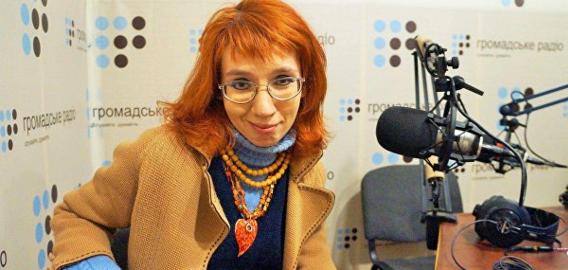 Скандальну українську поетесу затримали в Москві: що сталося