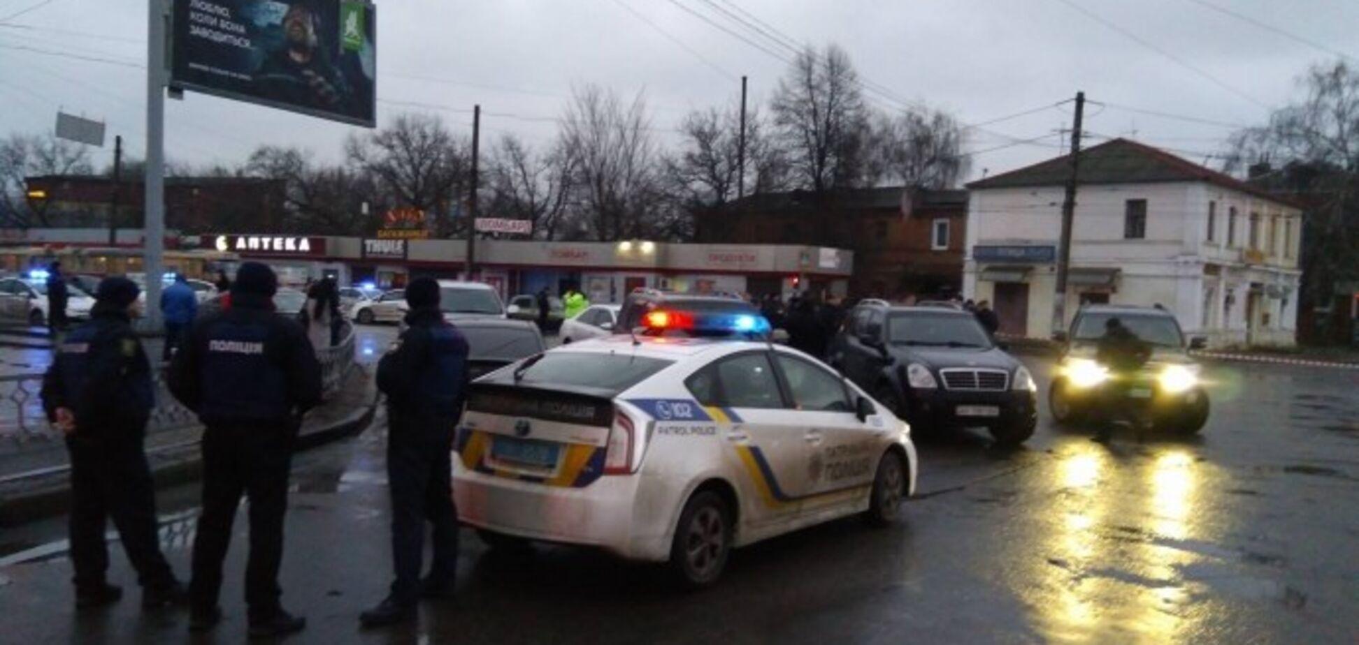 Захват заложников на 'Укрпочте' в Харькове: здание взяли штурмом
