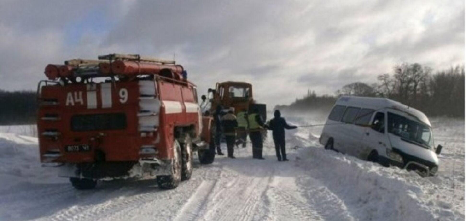Сніговий колапс на Заході України