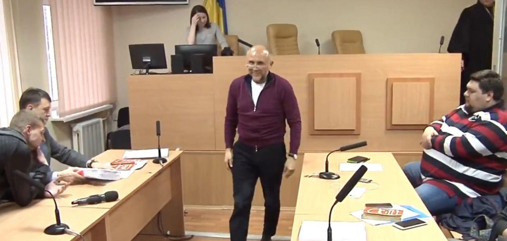 Известный бизнесмен устроил дебош в Печерском суде: появилось видео