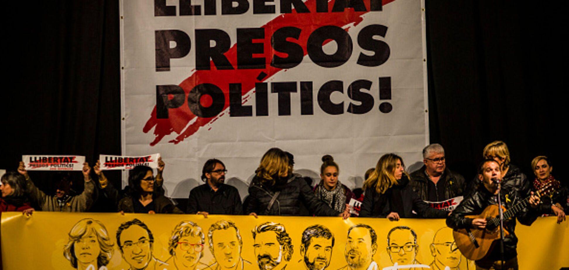 Испанский суд отпустил часть лидеров каталонских сепаратистов