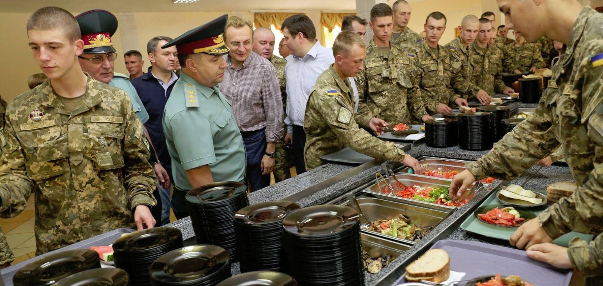 Вместо кильки – глаза от кильки: Бирюков пояснил нюансы питания украинских бойцов
