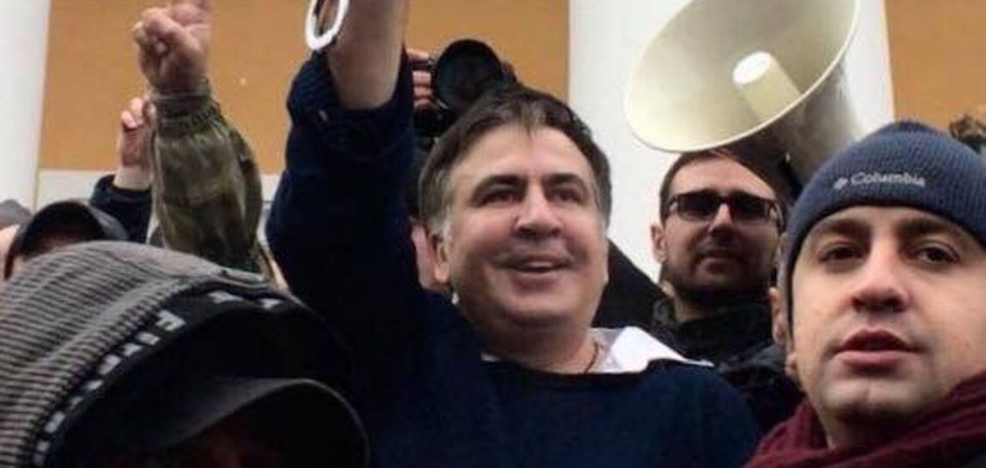 'Як ця сволота могла подумати': Саакашвілі відповів на звинувачення у зв'язках із Курченком