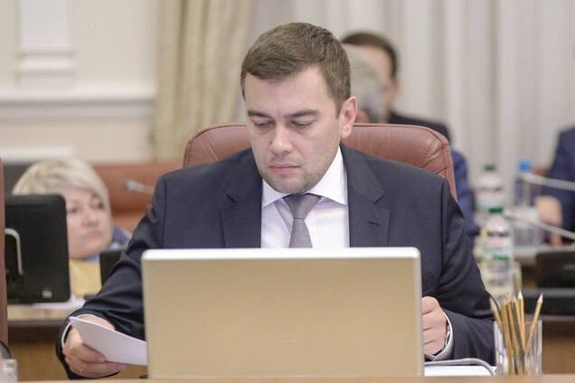 Максим Мартынюк: Кабмин ввел дополнительные меры защиты аграриев от рейдерства