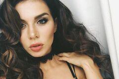 День рождения Анны Седоковой: как певица выглядит в бикини