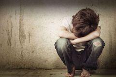 Насилие над детьми: защитим их вместе