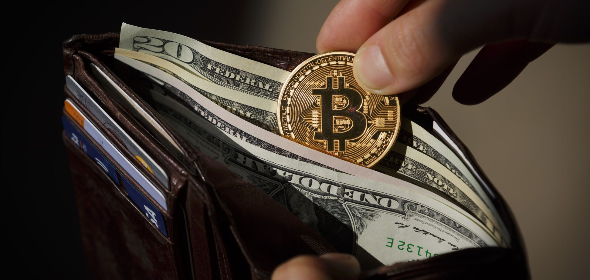 Курс на $13 тысяч: биткоин установил новый исторический рекорд