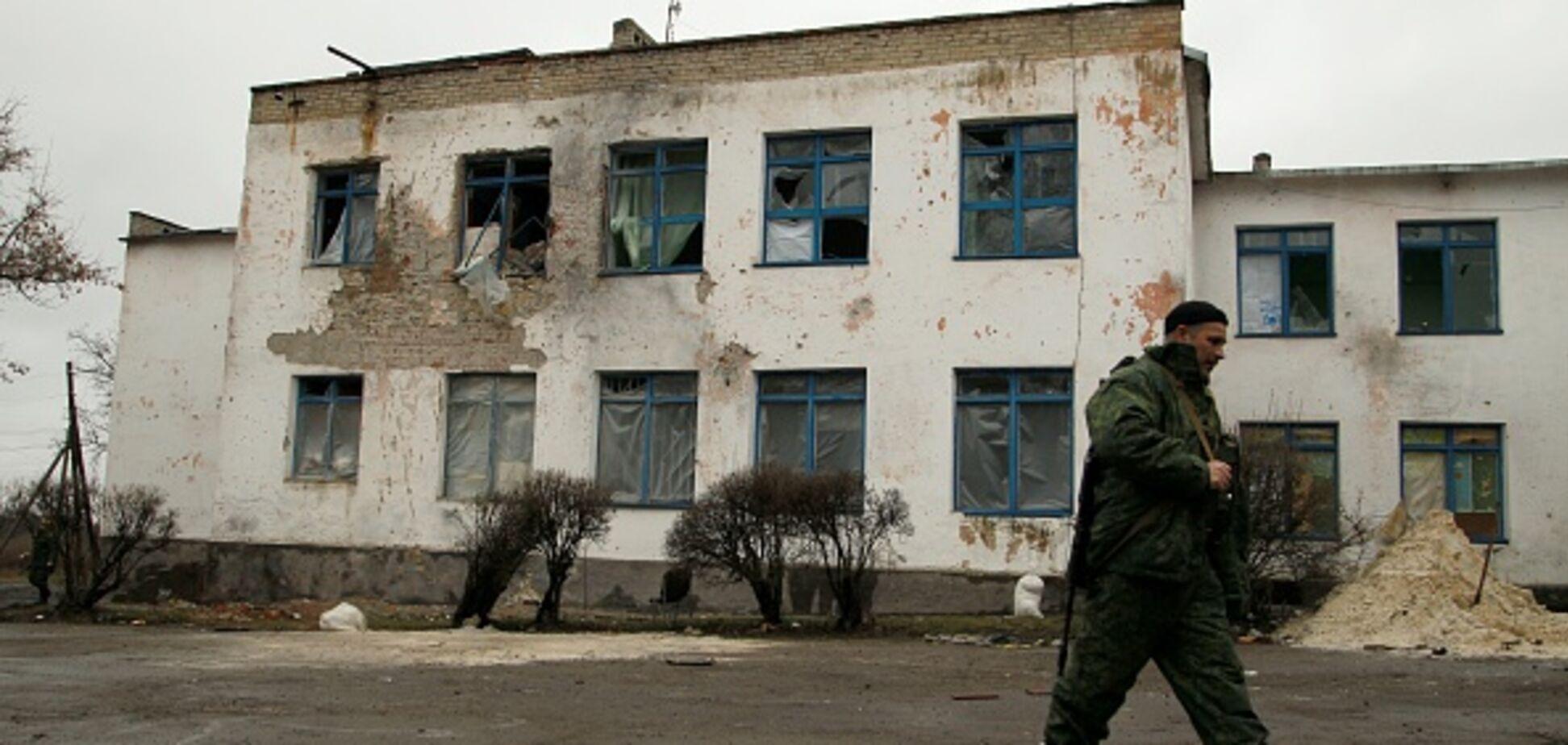 'Воюють тільки на папері': стало відомо про масову втечу терористів з Донбасу