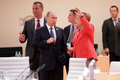 Между Меркель и Путиным развернулся второй раунд битвы