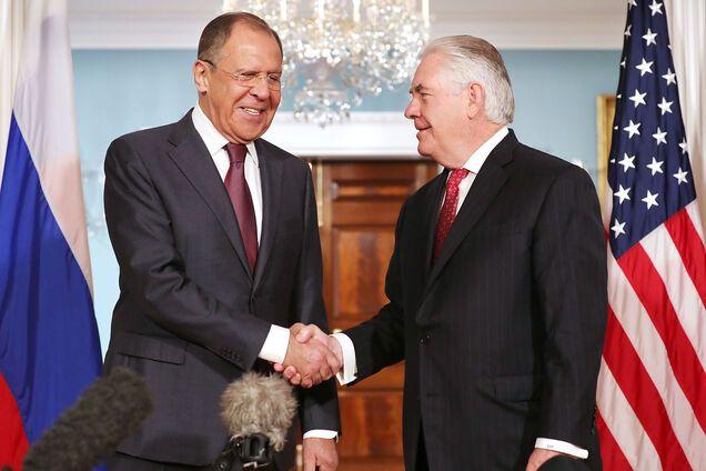 Пошли на диалог: раскрылись детали переговоров Тиллерсона и Лаврова