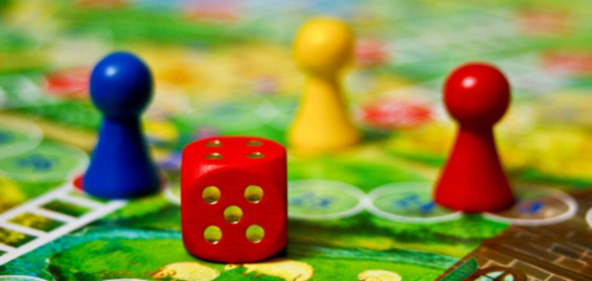 Почему настольные игры важны для детей: названы ключевые рекомендации