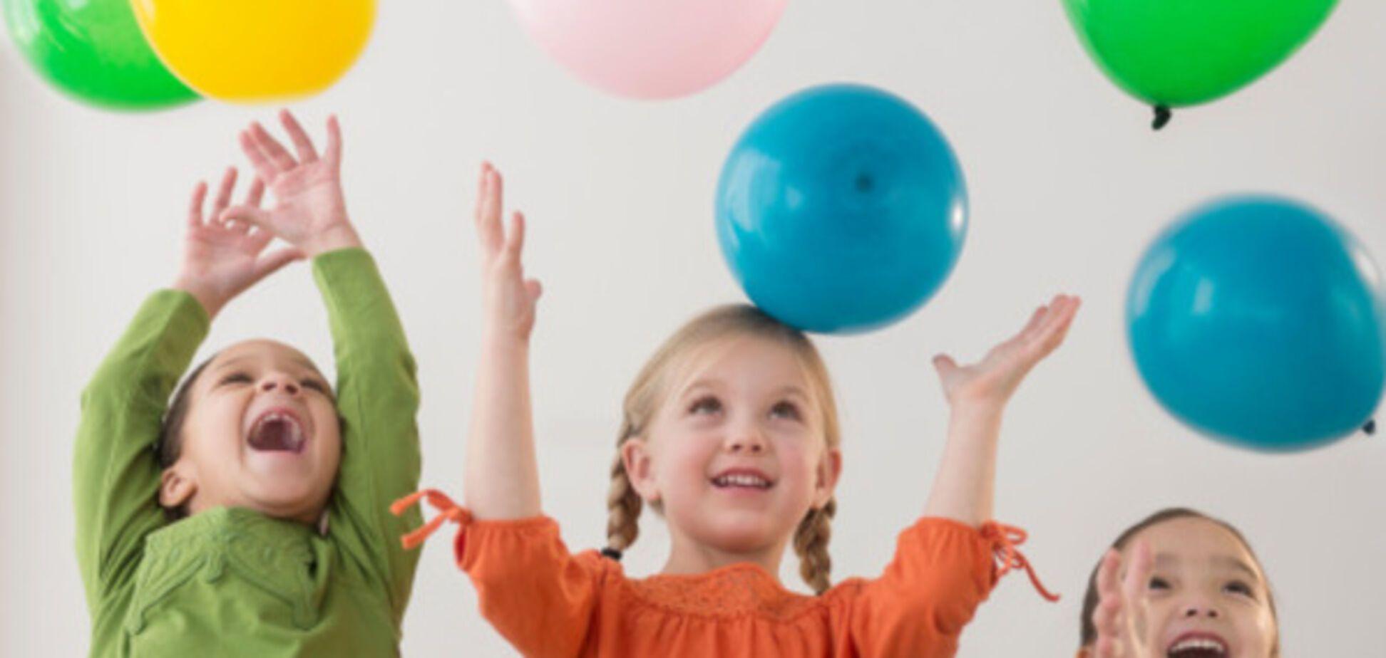 Ученые заявили об опасности воздушных шаров для детского слуха
