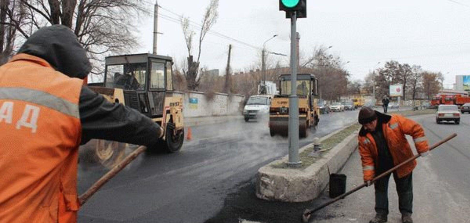 Запорожские дороги плывут вместе со снегом