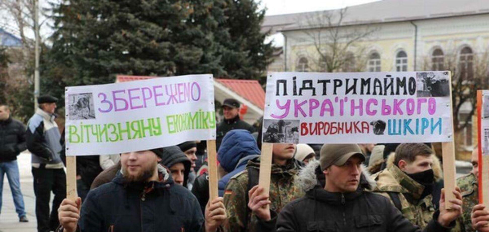 'Мясо - детям': Житомирский облсовет просят отменить 'нелепый закон'
