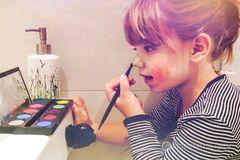 Як малюка перетворили в дівчинку: опубліковано веселе відео