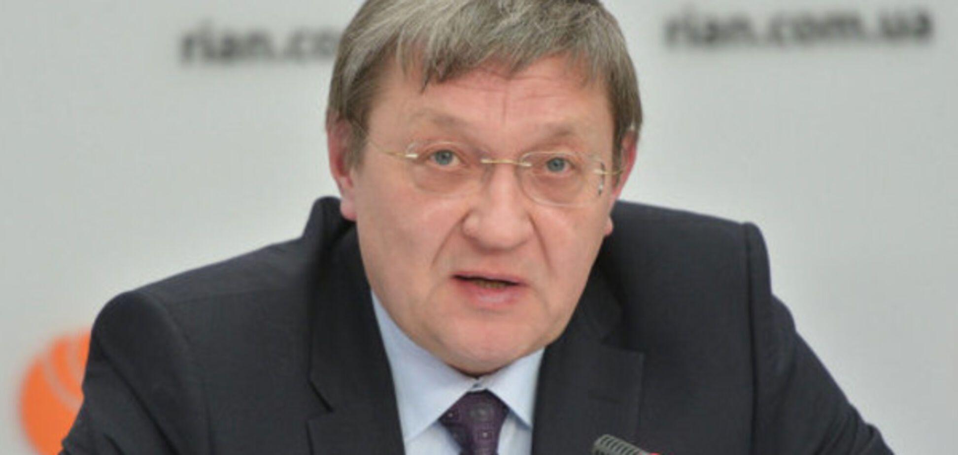 Суслов: нужно силовым методом разблокировать поставки угля из Донбасса