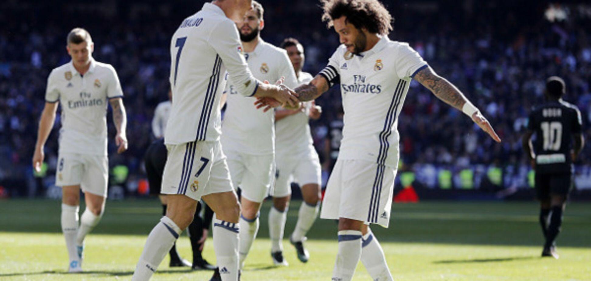 'Заваліть ***ло, ідіоти!' Зірка 'Реалу' посварився з фанатами через день народження Кріштіану Роналду