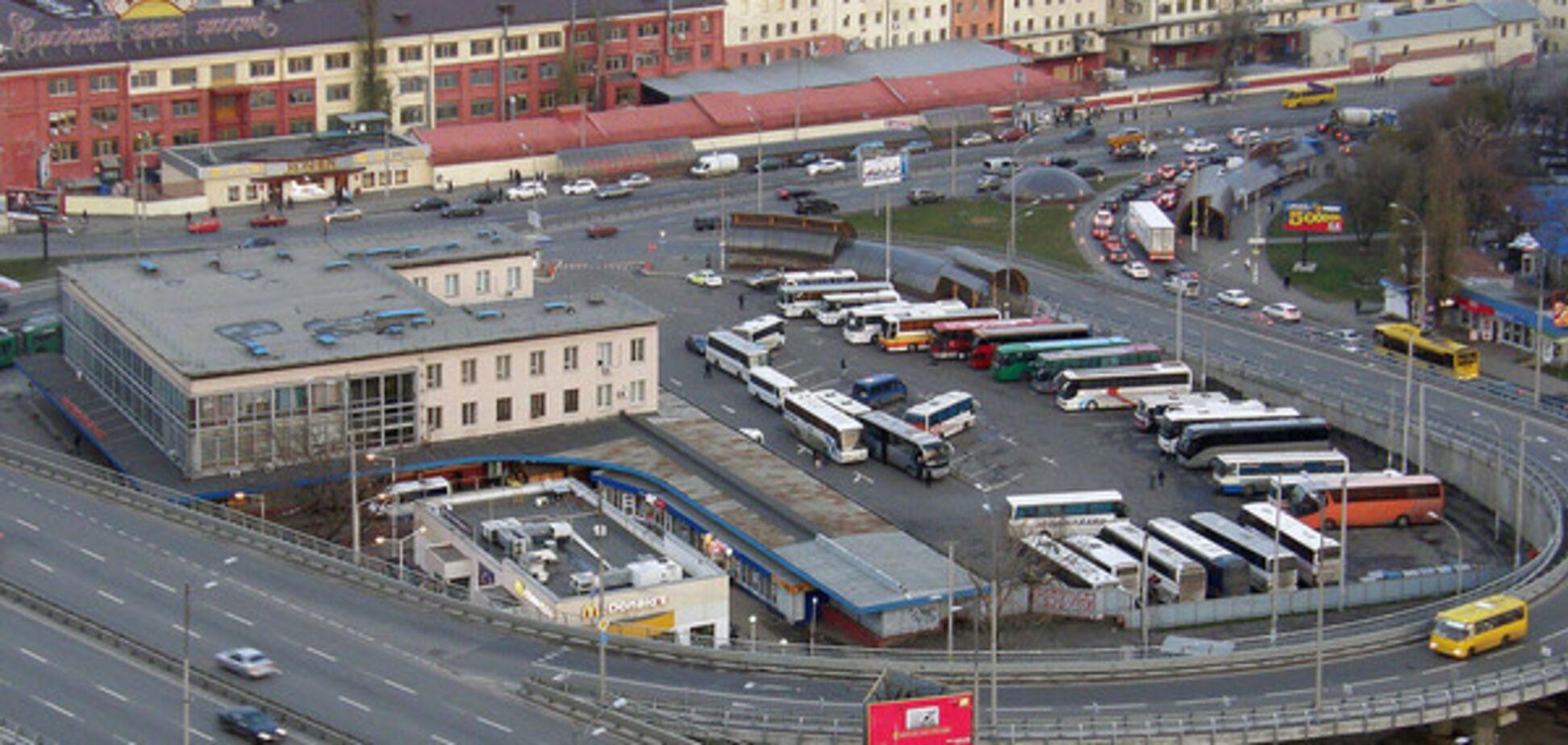 Пабат: автостанции 'Киев' и 'Южная' работают незаконно