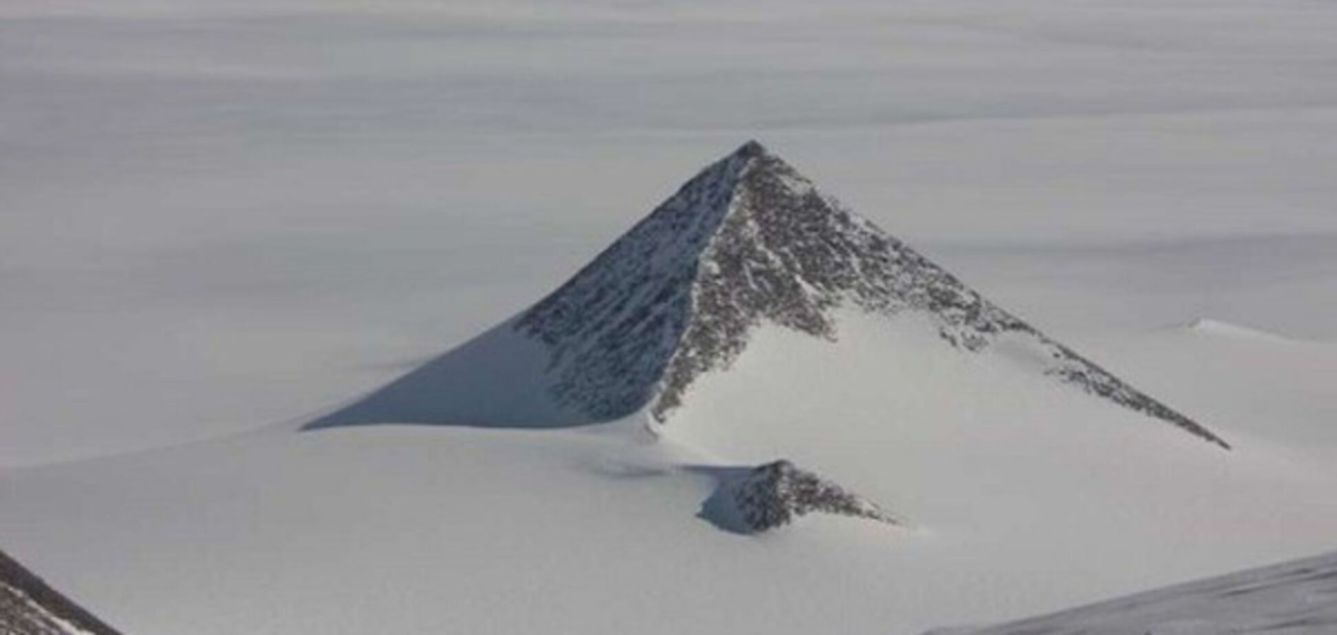 Пирамиды, льды