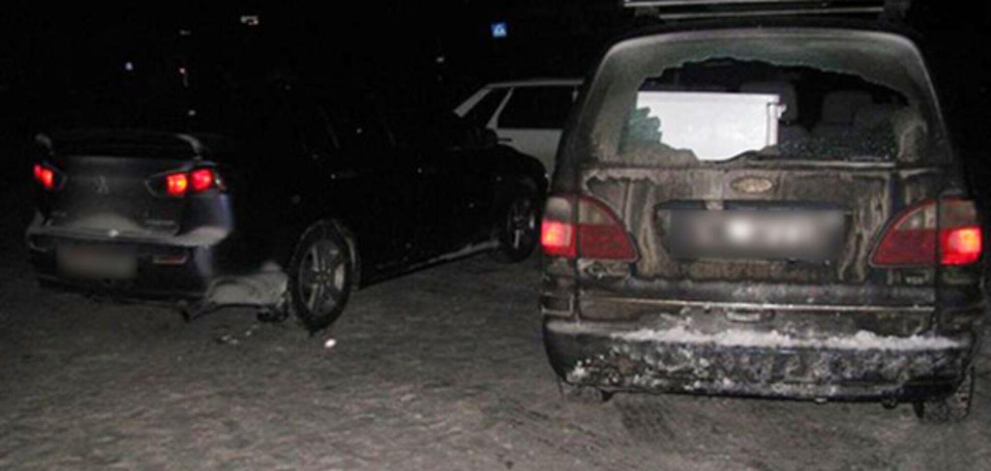 У Хмельницькій області обстріляли автомобіль