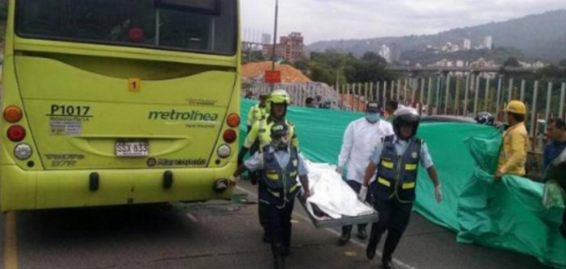На Гаїті автобус в'їхав у натовп людей: десятки загиблих