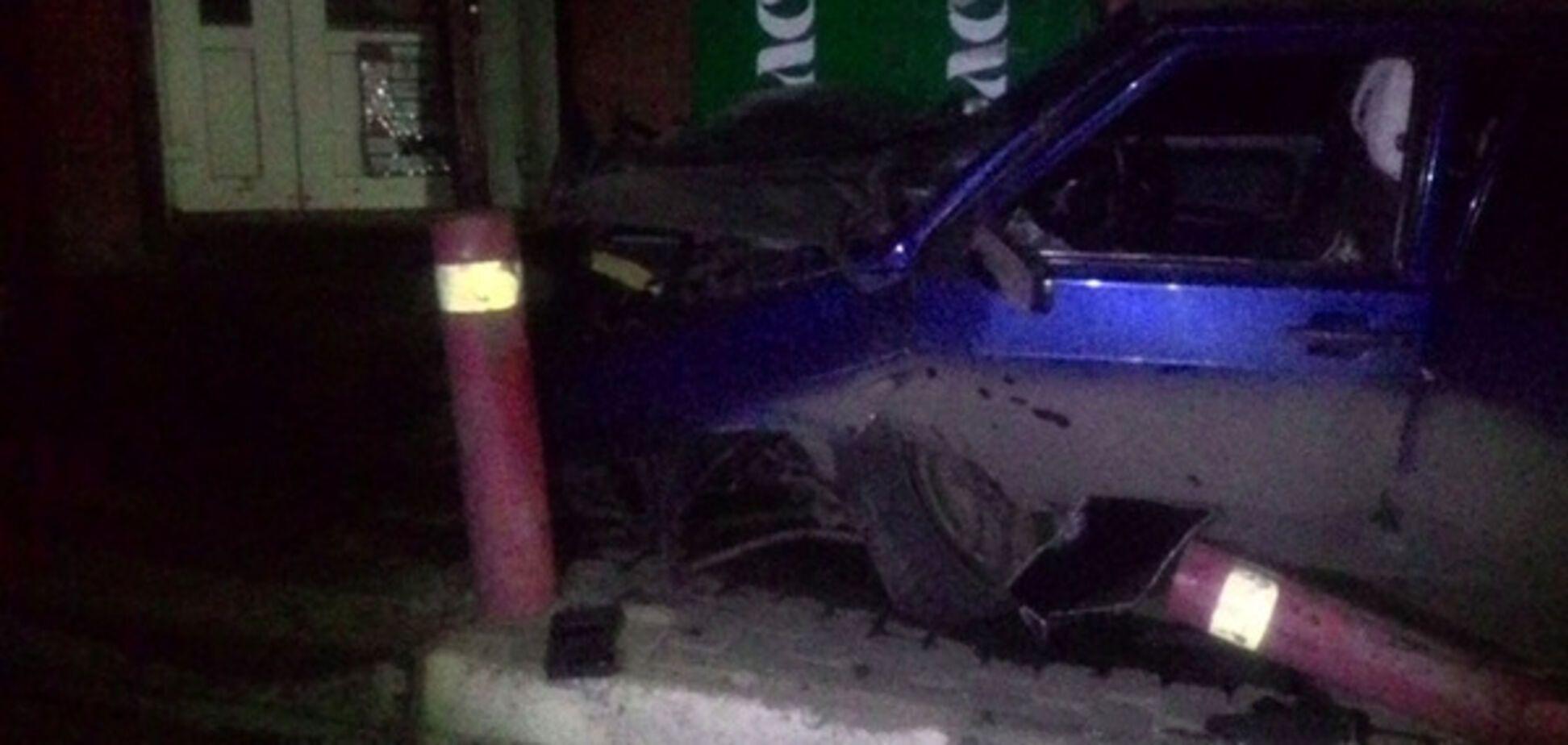 Есть погибший: под Харьковом пьяный водитель въехал в остановку и сбежал с места ДТП