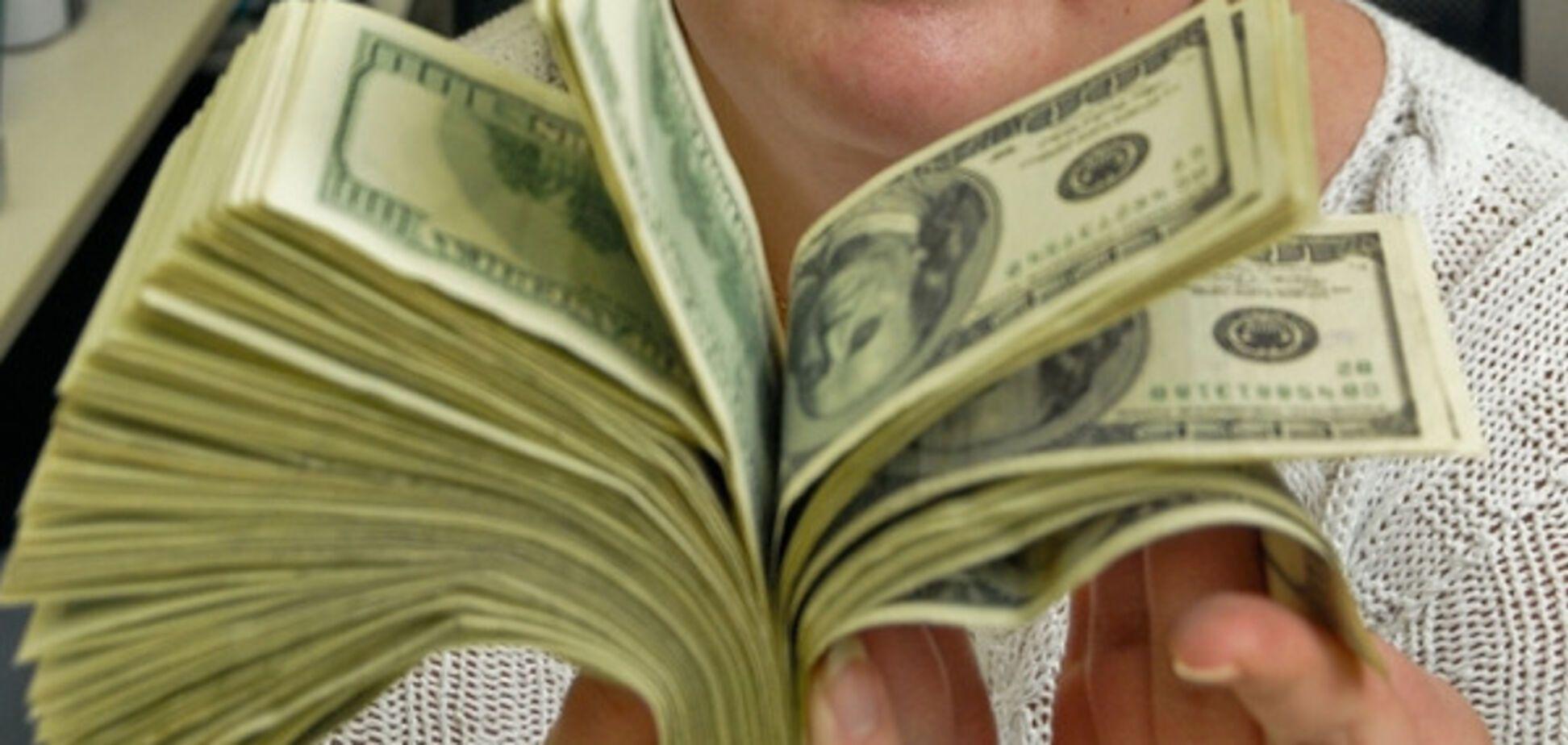 Коберник и партнеры заработали на школьных хрестоматиях 3 млн грн