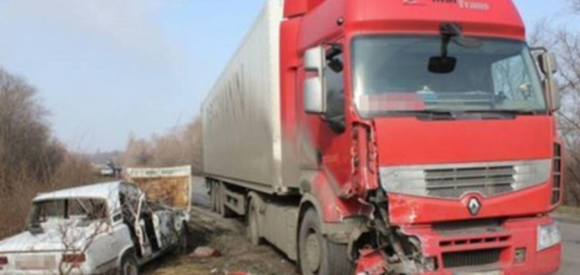 Под Запорожьем произошла жуткая авария: есть жертвы