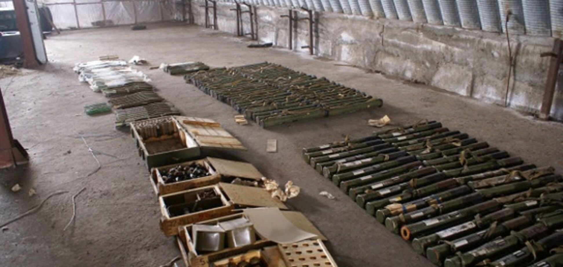 Под Запорожьем обнаружили огромный незаконный арсенал (ФОТО, ВИДЕО)