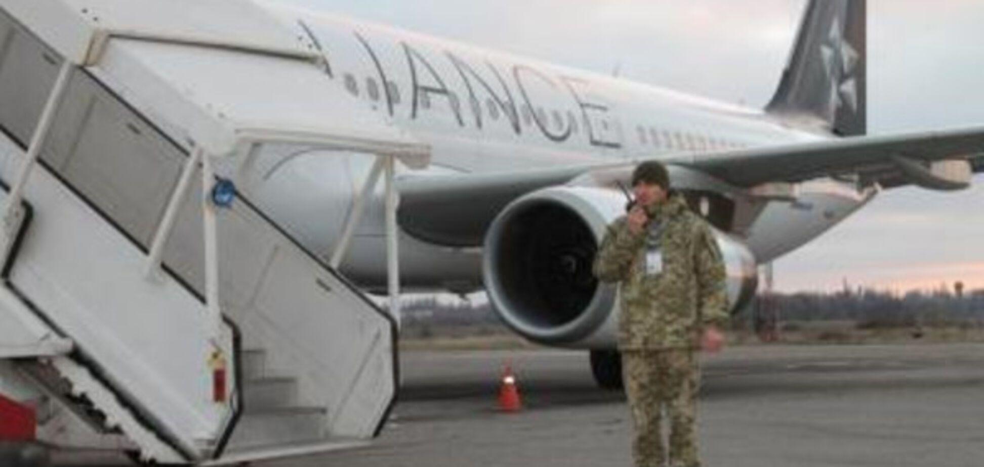 В Запорожском аэропорту поймали нарушителя авторских прав