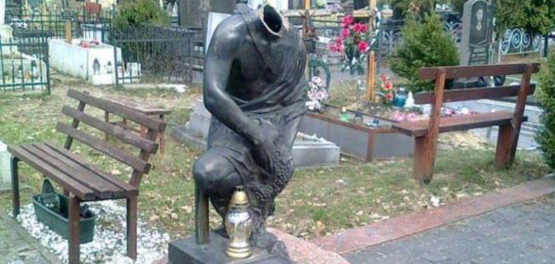 У Львові знівечили могилу легендарного кримінального авторитета