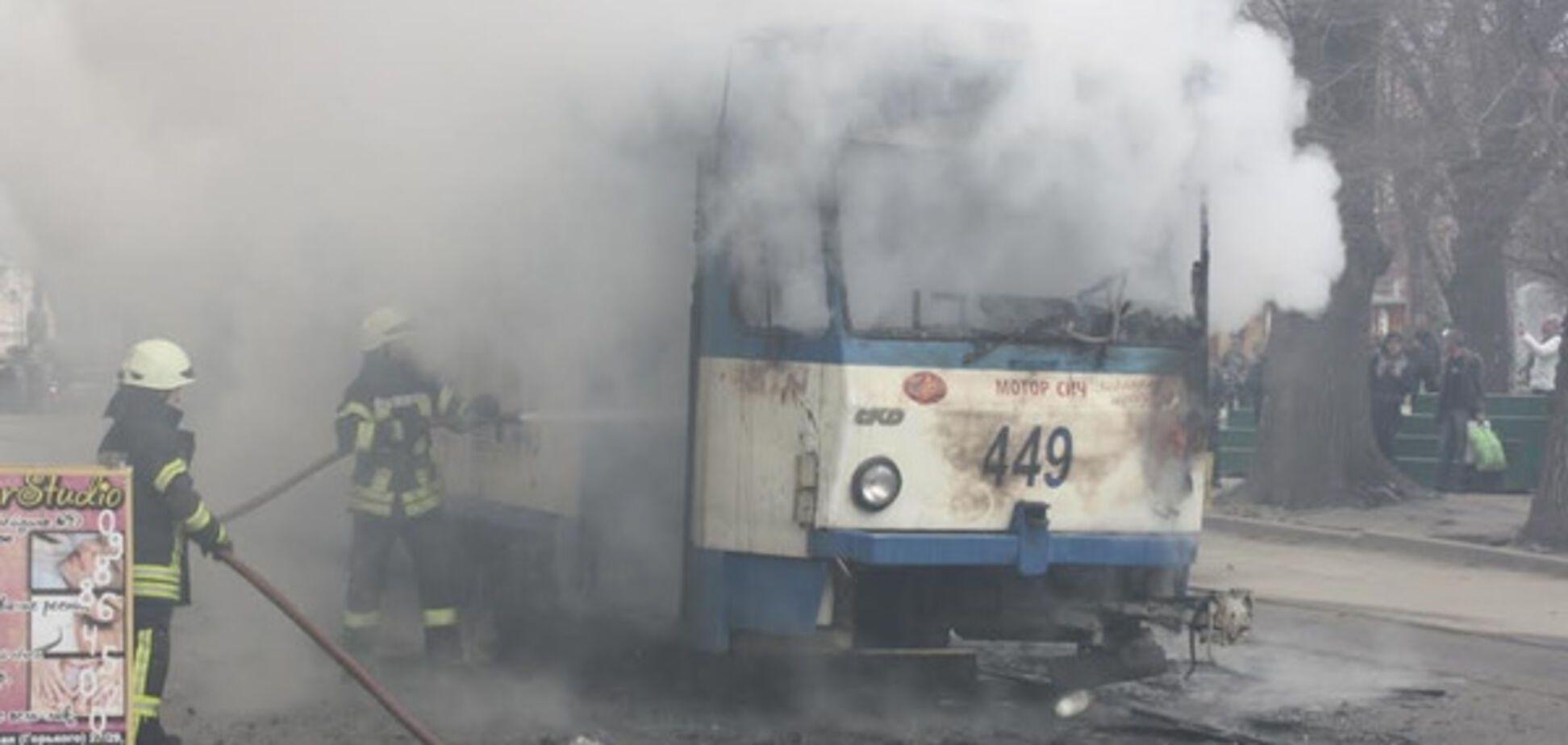 Подробности пожара в запорожском трамвае (ФОТО)