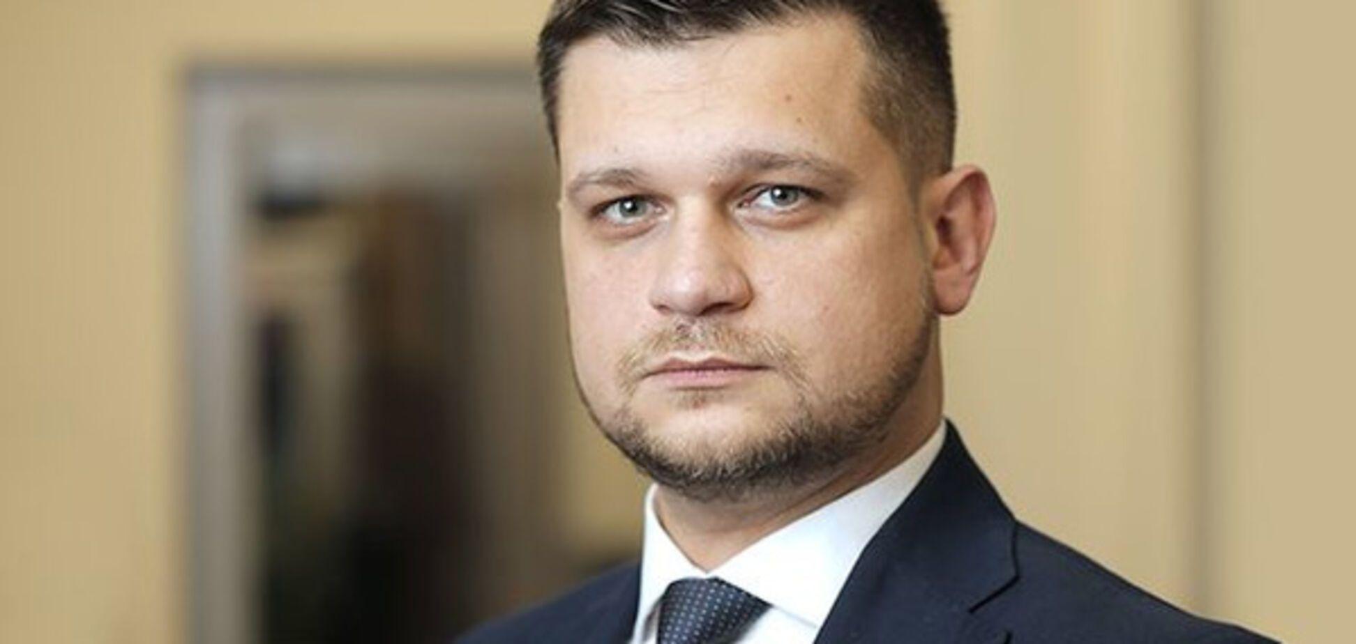 Адвокат: выбрать неугодную фигуру в виде Насирова – политическое решение
