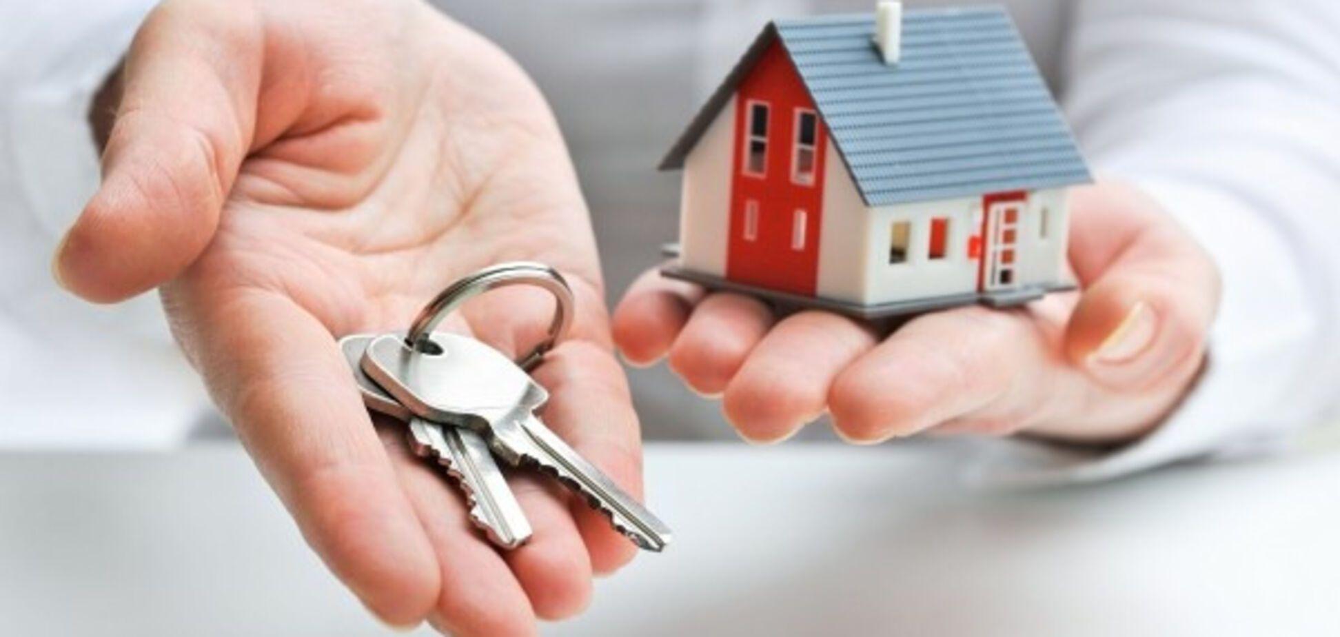 Долги за комуслуги: когда у украинцев начнут забирать квартиры