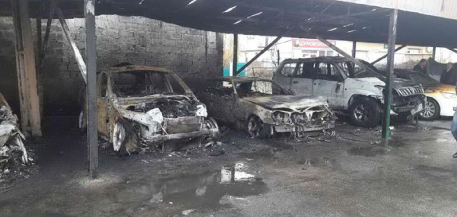 Пожежа на парковці в Харкові