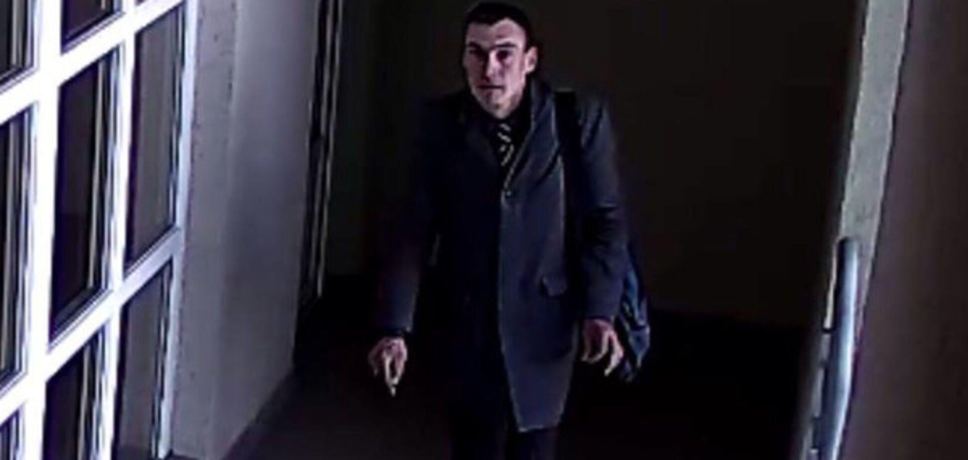 У Києві злодій в краватці влаштував мешканцям багатоповерхівки 'мокре життя'