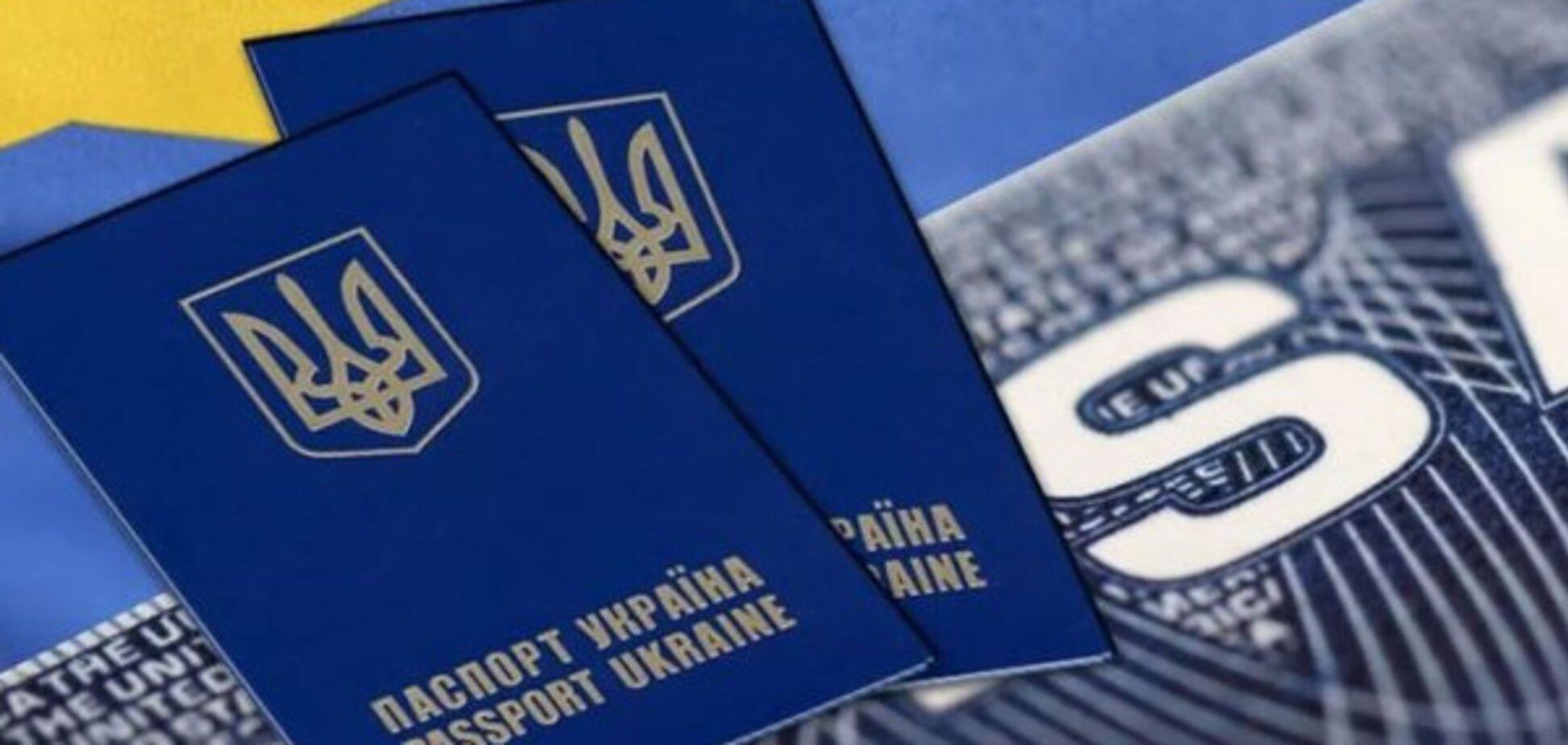Работа за границей: в Украине хотят следить за рекрутерами