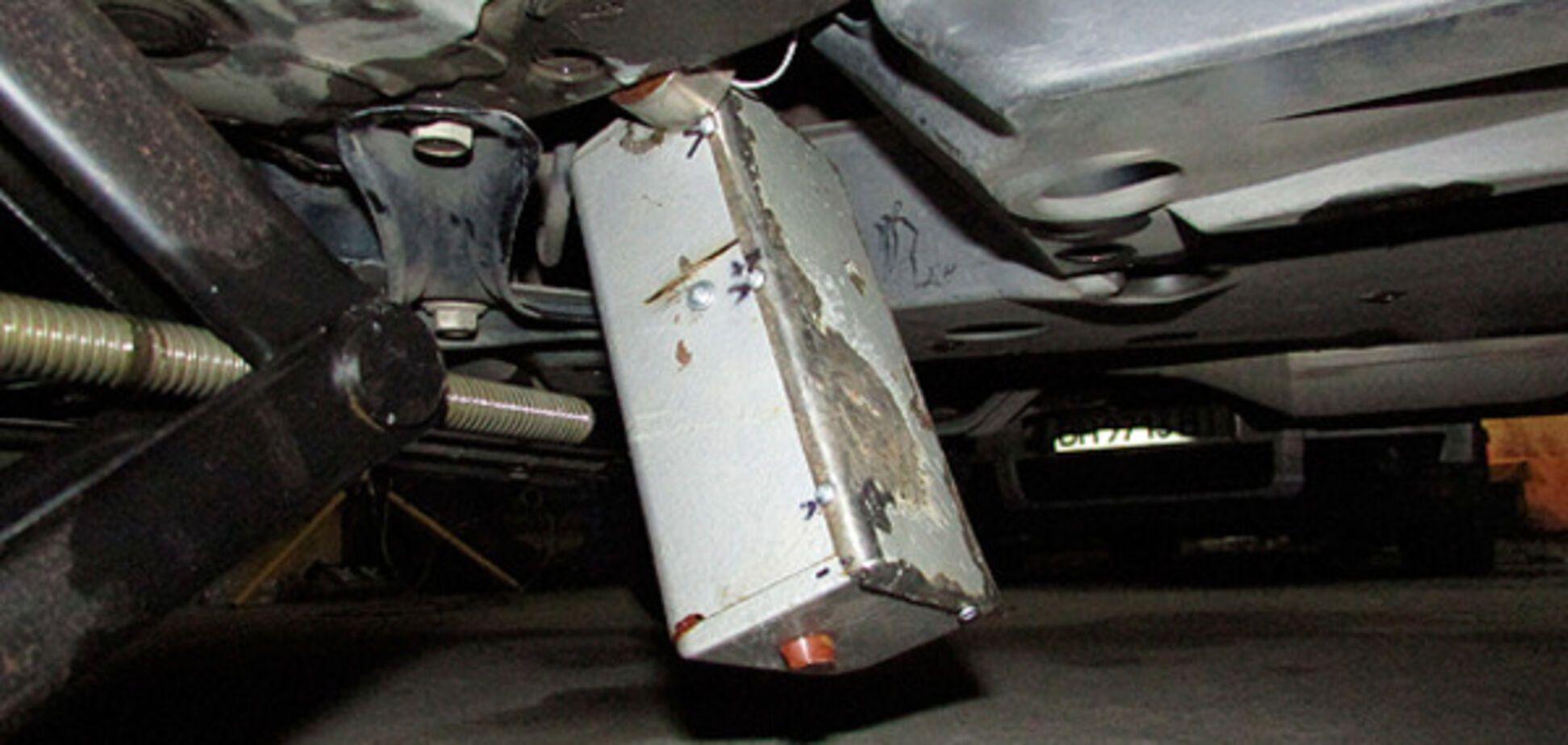 Взрывчатка в машине
