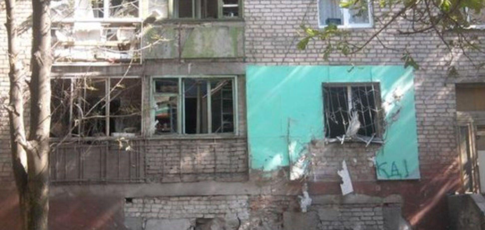 Знову 'українська ДРГ'? В окупованому Луганську підірвали військкомат