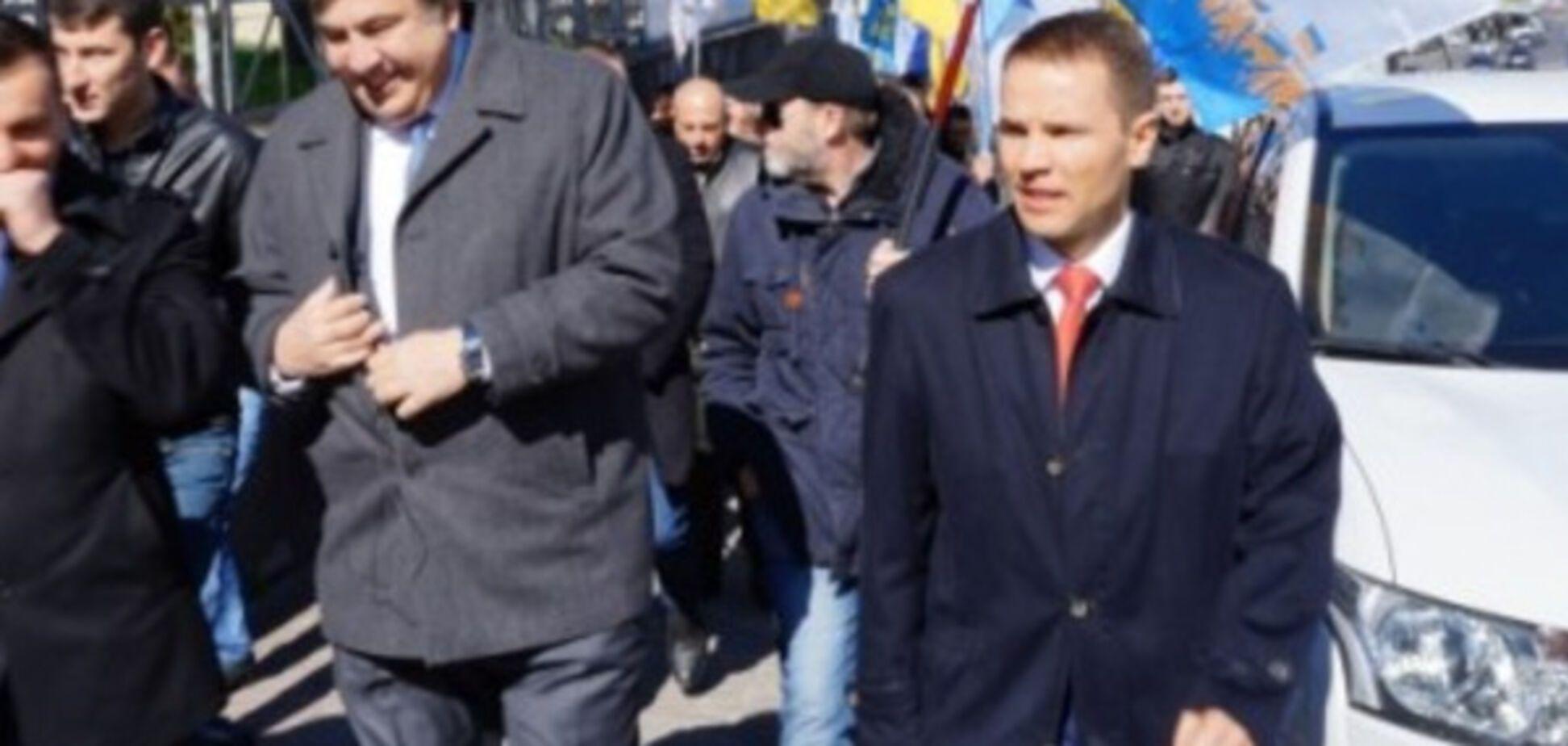'Рух за роялти': объединение маргиналов Саакашвили и Деревянко