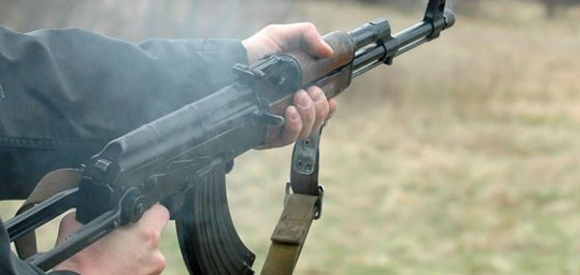 В одній із військових частин у зоні АТО військовослужбовець застрелив свого товариша по службі