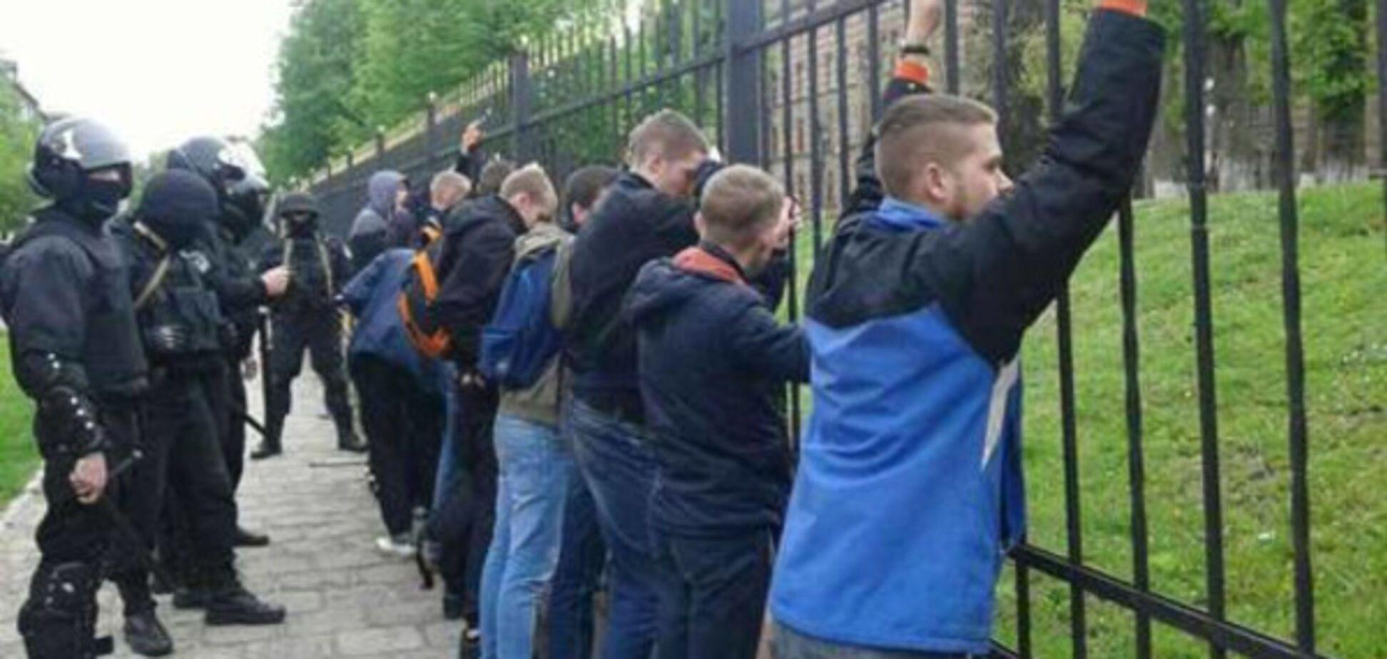 Десятки задержанных: во Львове полиция прекратила массовую драку. Опубликованы фото