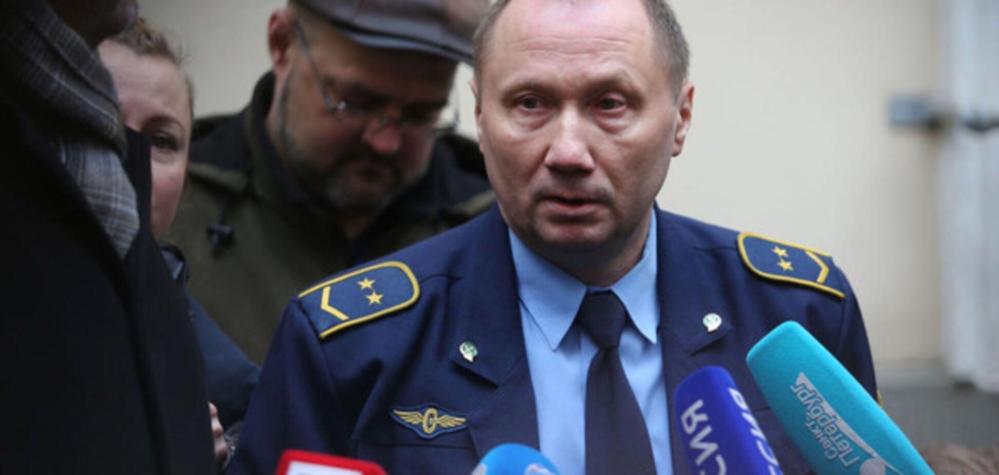 Машинист Александр КаверинКаверин пожаловался на назойливость журналистов