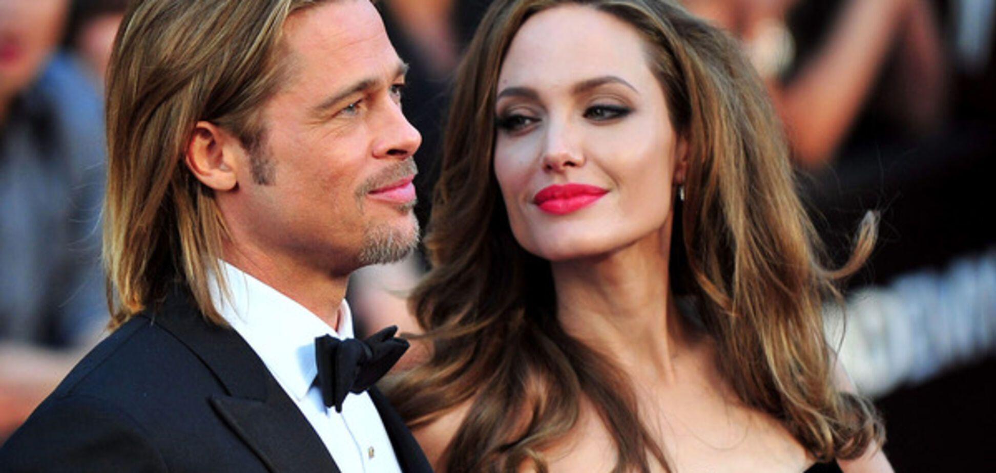 Во всем виноват брат? Стала известна новая причина расставания Джоли и Питта