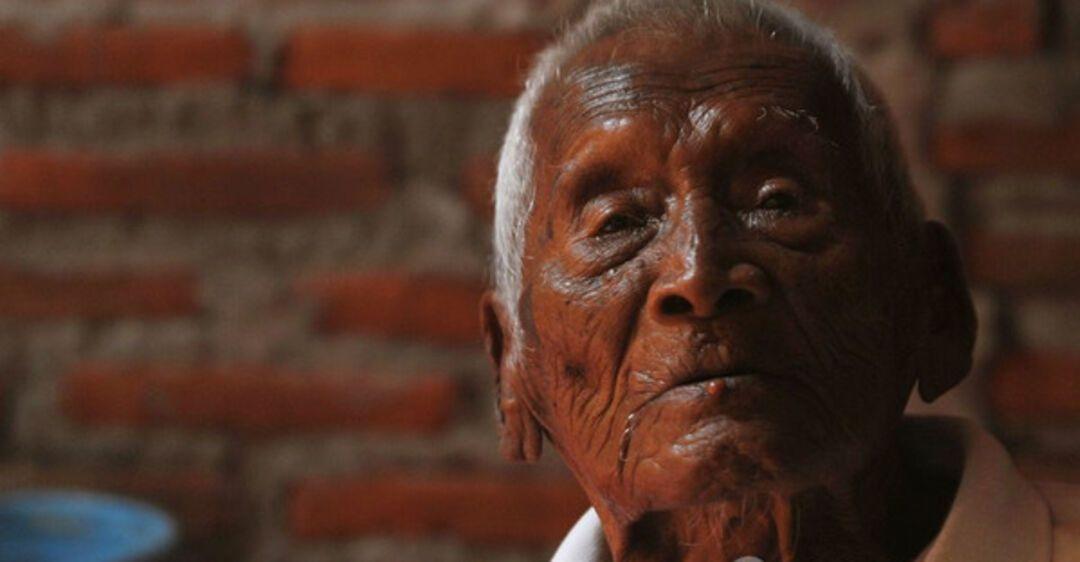 это самый старый человек на земле фото побега родной