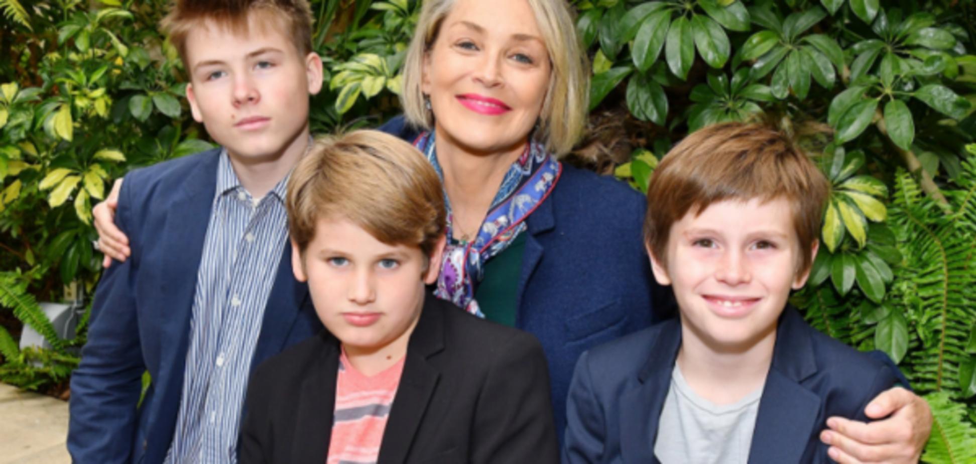 Шерон Стоун получила награду 'Мама года'